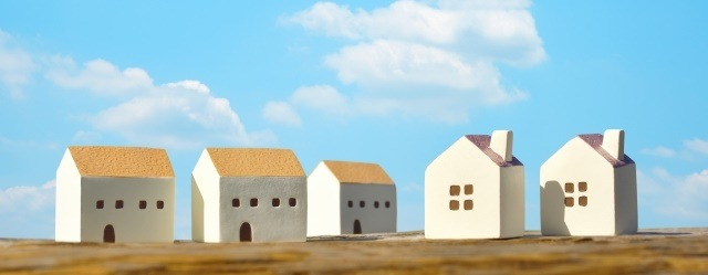 青空と家庭のイメージ画像