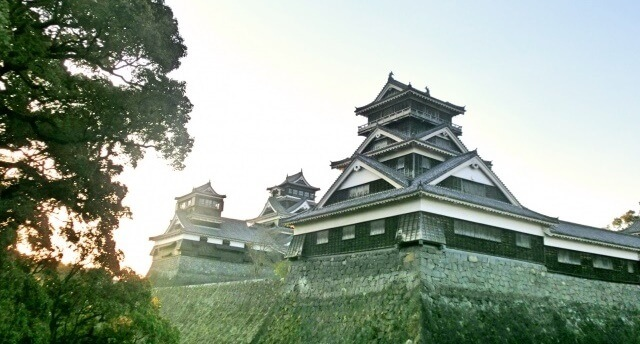 九州地方の観光地「熊本城」イメージ画像