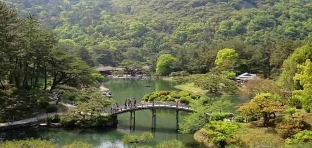 四国地方の観光地「栗林公園」イメージ画像