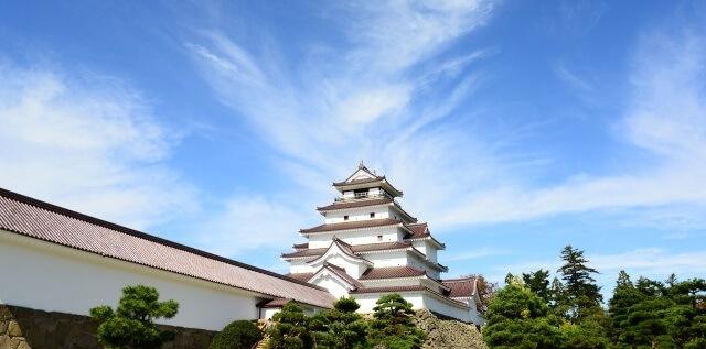 東北地方の観光地『鶴ヶ城』イメージ画像