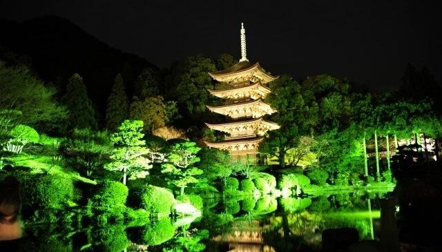 中国地方の観光スポット「瑠璃光寺五重塔」イメージ画像